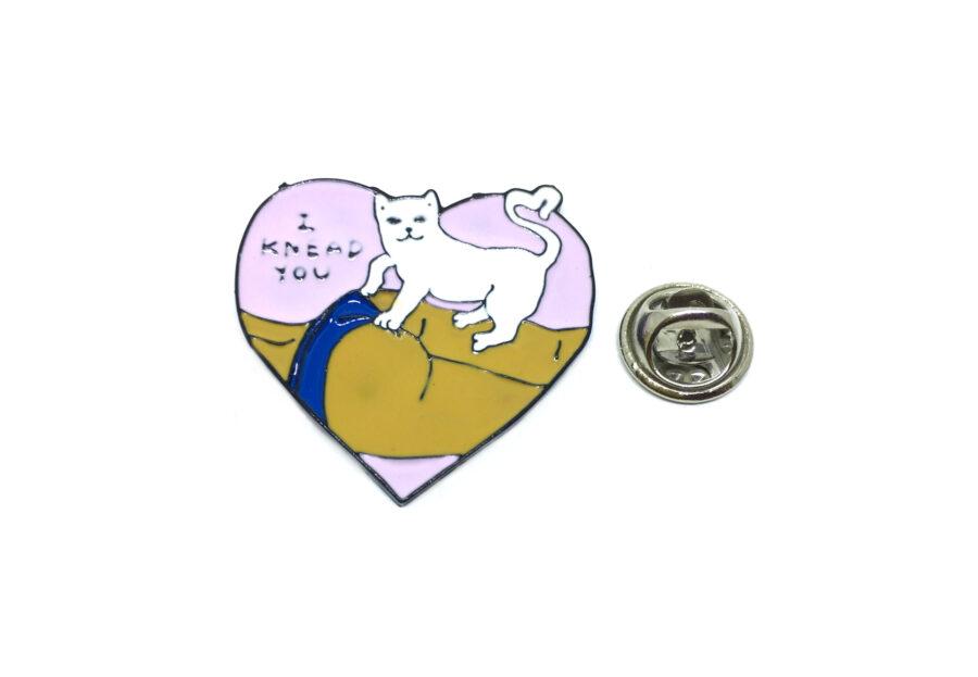 """I KNEAD YOU"" Cat Lapel Pin"