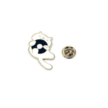 Gold plated Enamel Cat Pin
