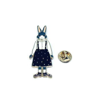 Gold tone Rabbit Pin