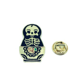 Gold tone Skull Lapel Pin